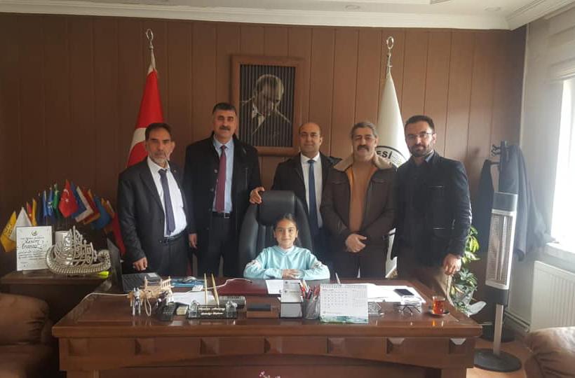 Başkan ARAZAY Koltuğu Bir Günlüğüne Devretti